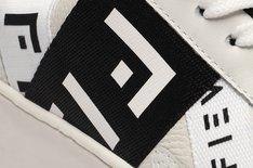 Tênis Branco e Preto California Stripes Feminino